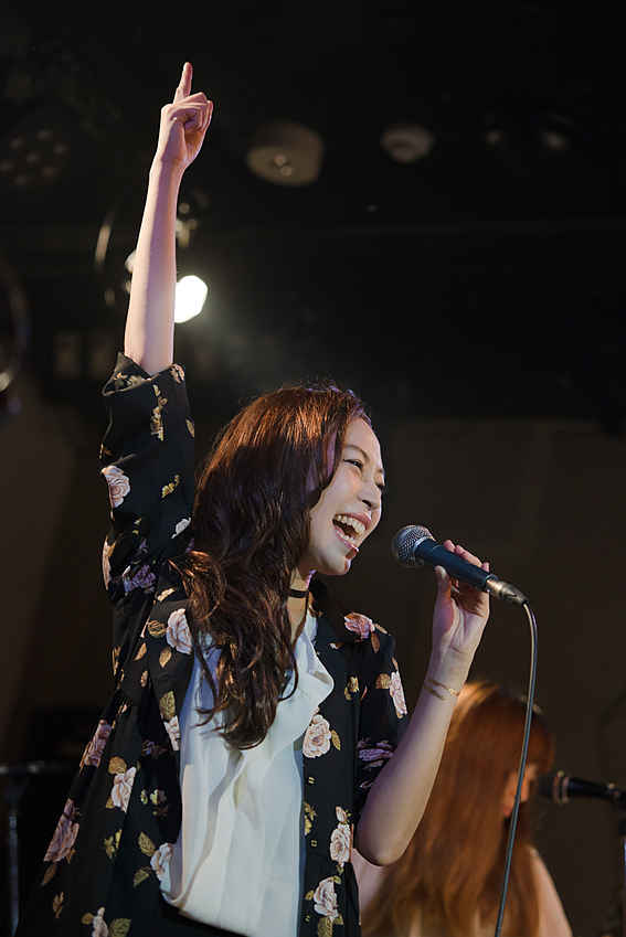 東京でのマイスイートホームの発売記念ライブです。